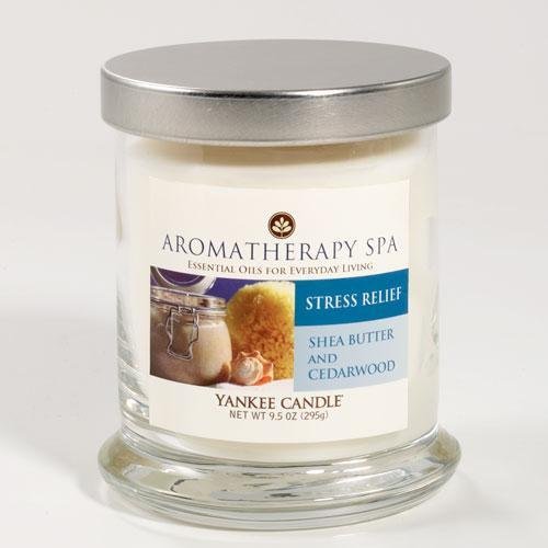Vonné svíčky Aromatherapy Spa Shea Butter & Cedarw